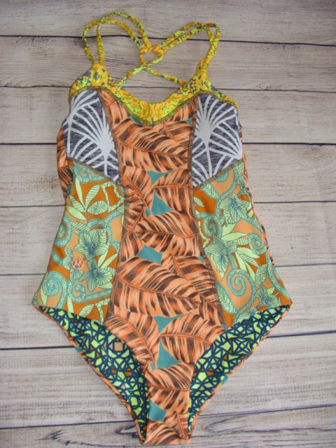 57a705b3b5ab1 NWT Maaji Angie baby Reversible One Piece Swimsuit size SMALL | eBay