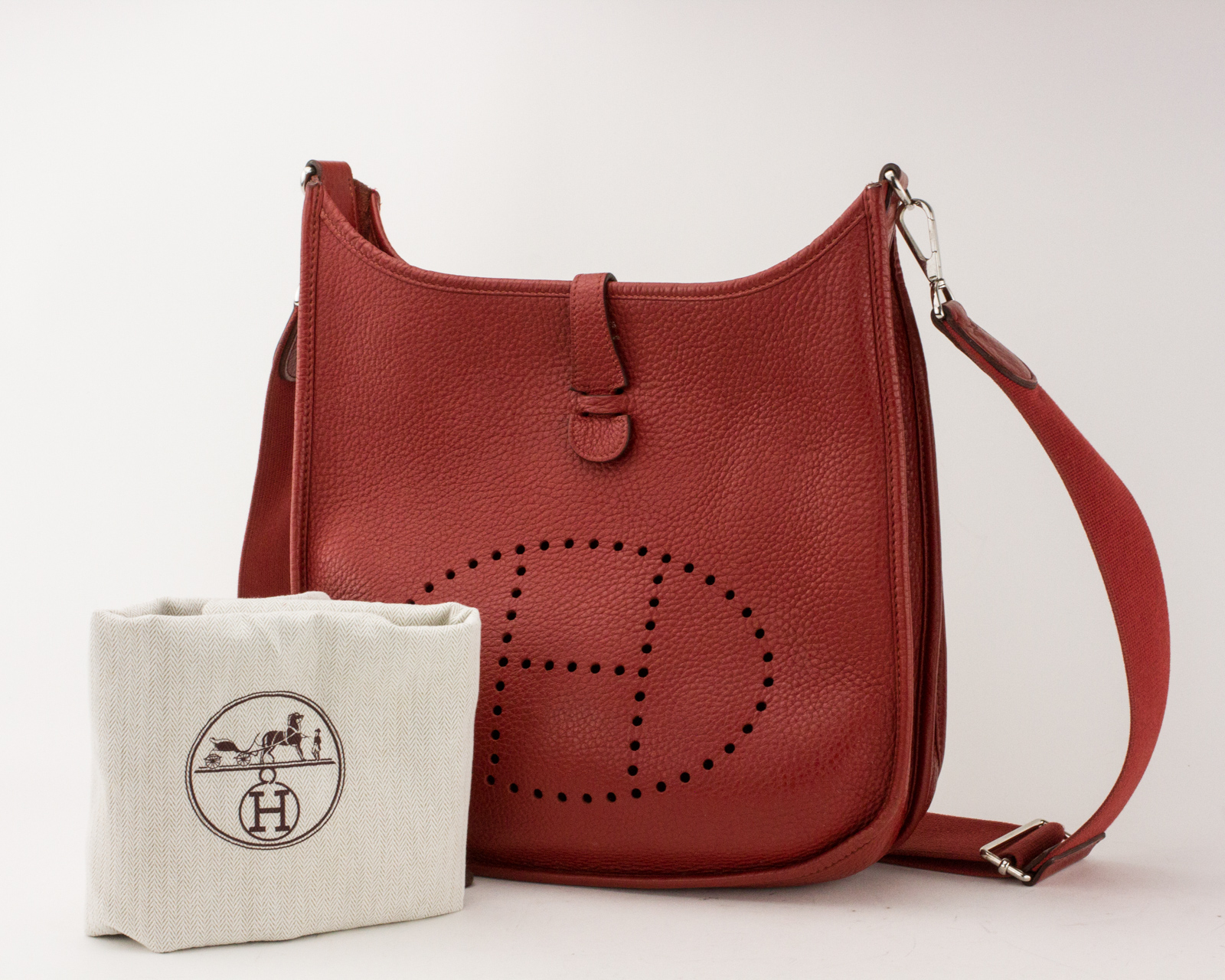 71edc2f94 Details about HERMES Taurillon Clemence Evelyne III GM Rouge Casaque  Crossbody Bag