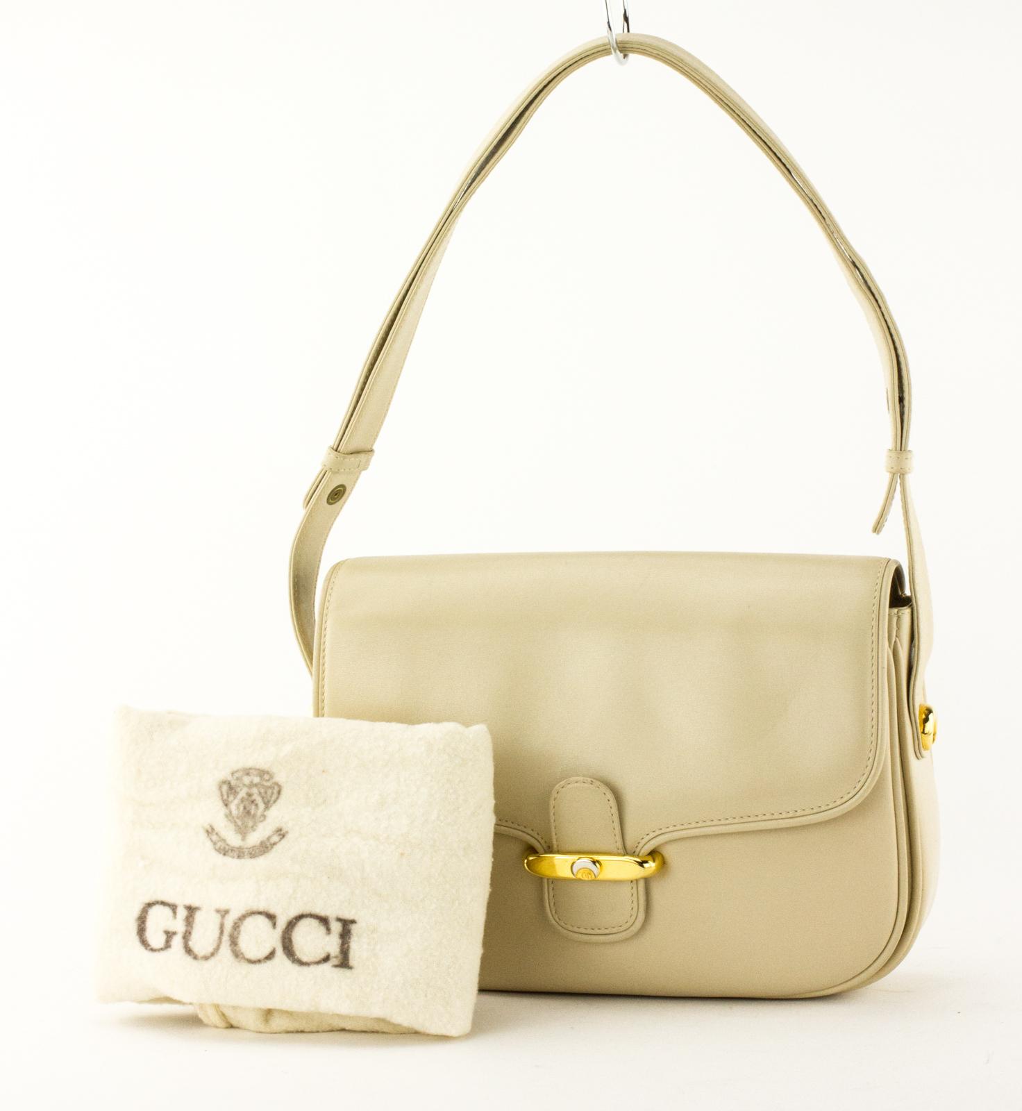 70ecfe1f5c15 Details about GUCCI Cream Vintage Leather Flap Shoulder Bag