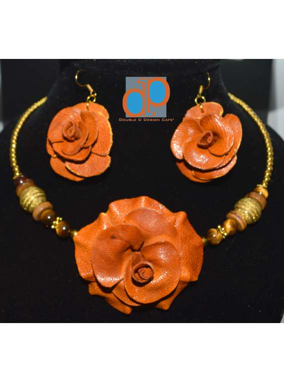 Leather Rose Set