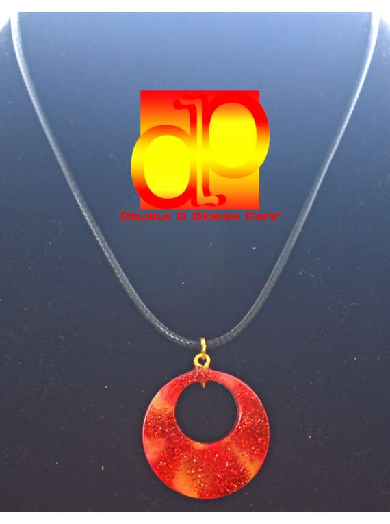 Resin Red Gold Pendant Chain