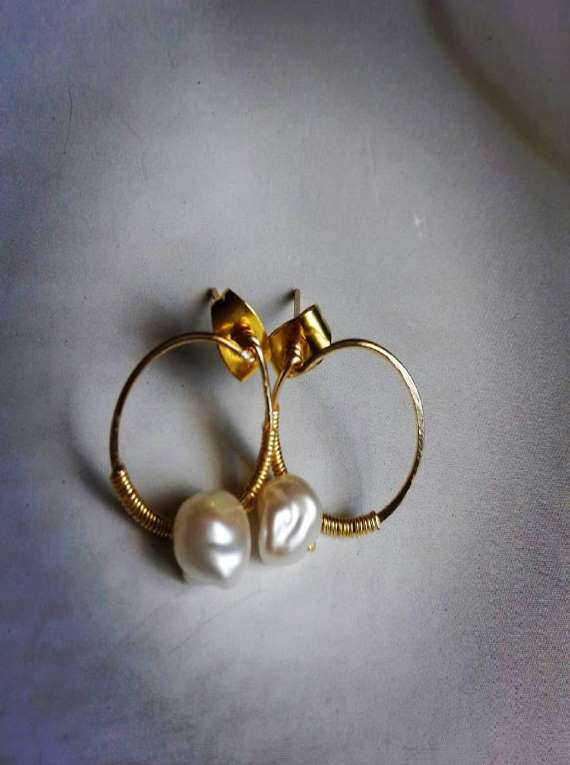 Mini Fresh Water Pearl Hoops
