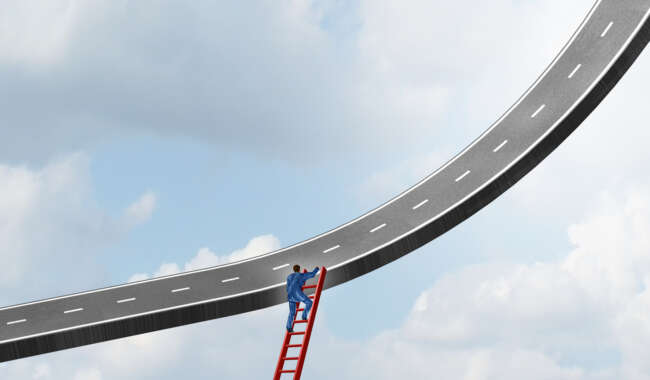 Targeting Contracting Success Through Integration and Benchmarking