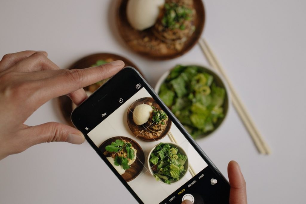 taking food photo for instagram