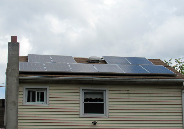Oleg of Lakewood, NJ - Grid-Tie System - Solar In Action - photo 2