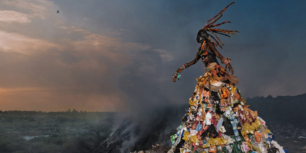 Senegal Pollution = Trashion Art