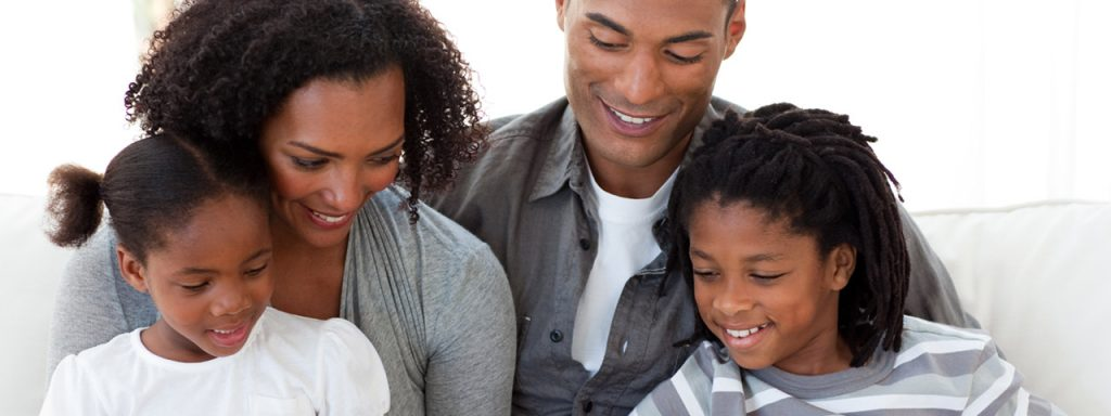 eye doctor, happy family in Hoffman Estates, IL