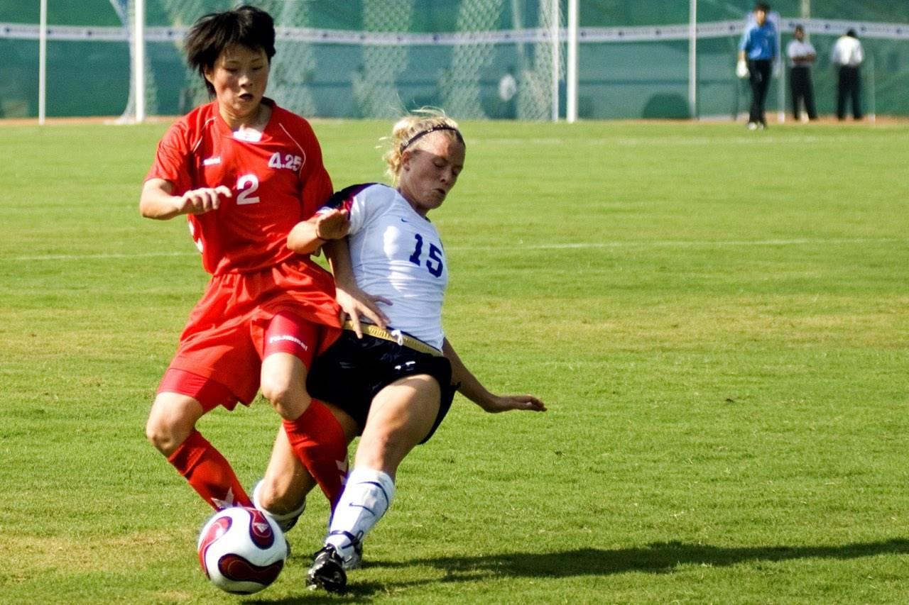 sports-soccer-females-caucasian