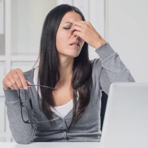 woman suffering from cvs 640 300x300