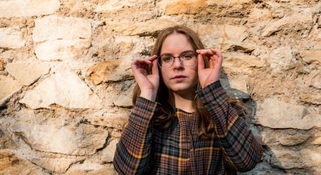 adjusting-eyeglasses-so-they-fit-640x350