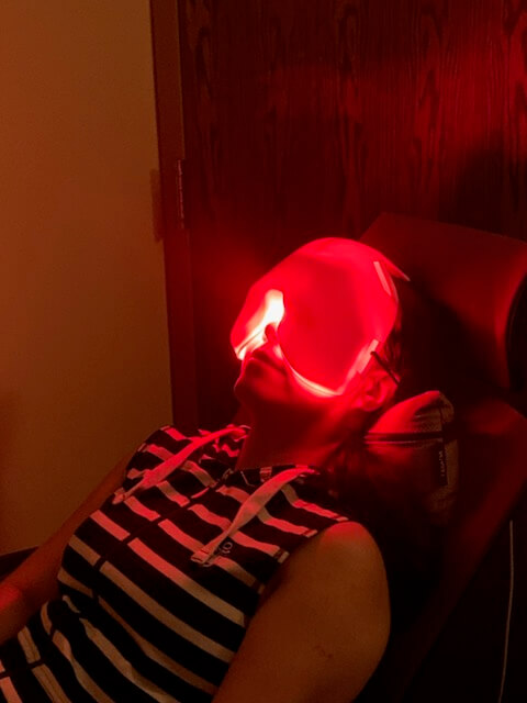 female patient receiving low level light therapy for dry eye