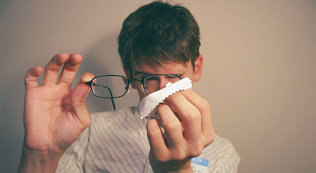 cleaning-glasses_640x350