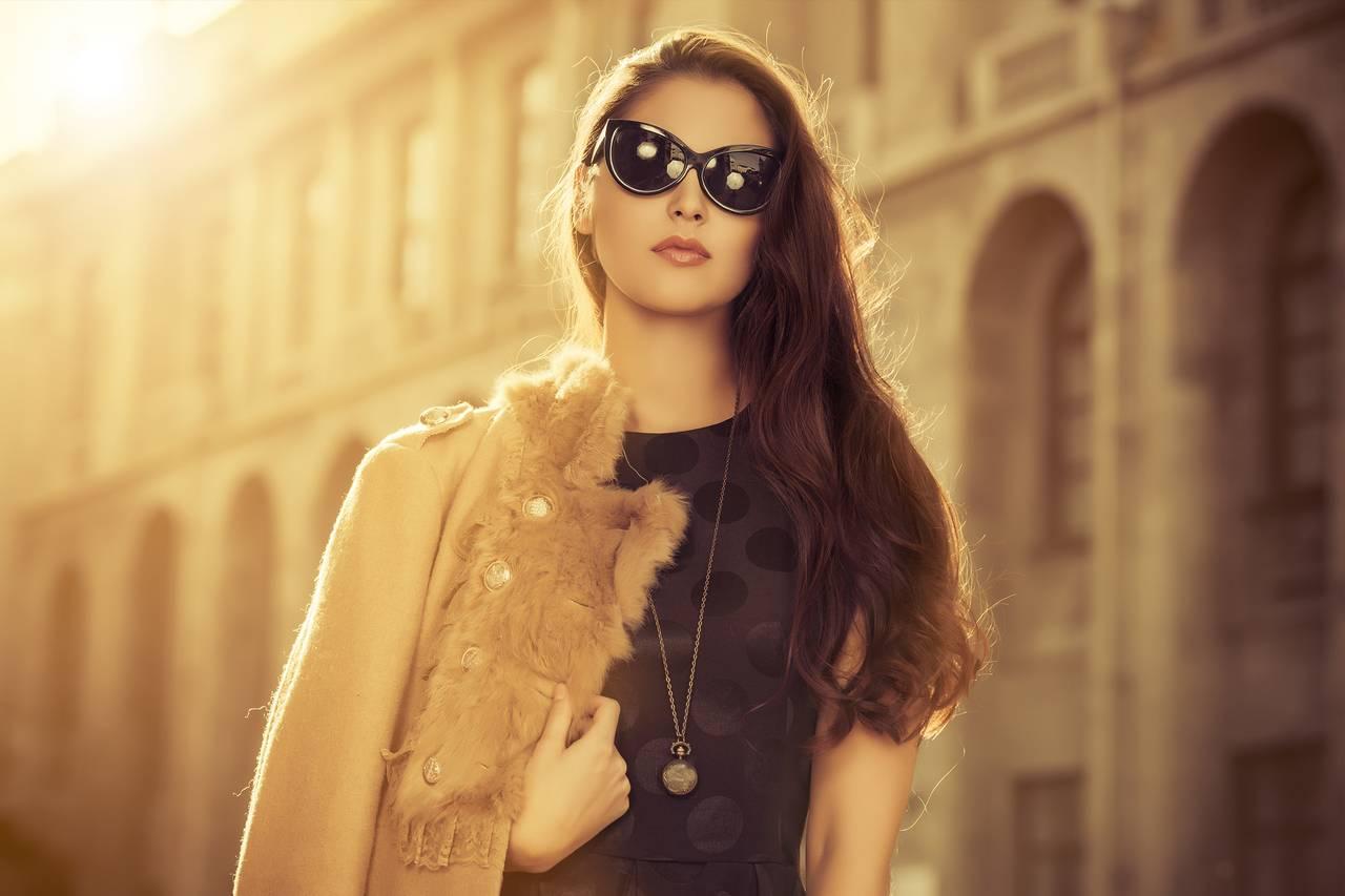 Girl wearing eyeglasses in Richmond