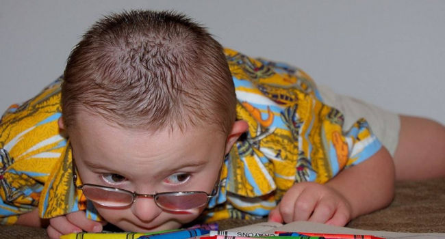 special-needs-boy-downs-650x350