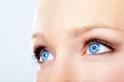 eyes female blue 425×282