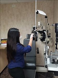 eye doctor sanitize surfaces