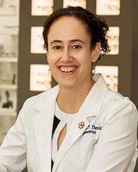 dr-amalia-davis