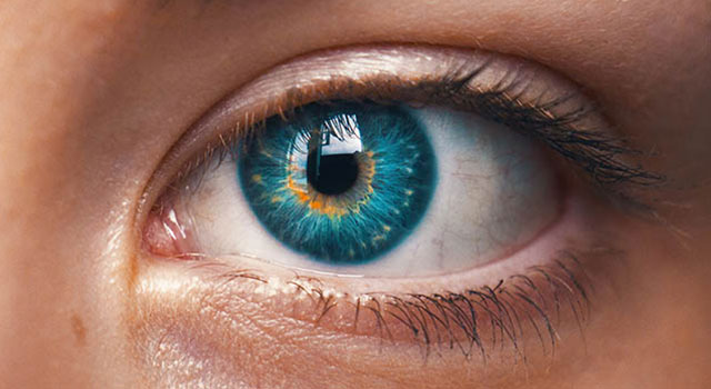 green-eye-close-up-640x350