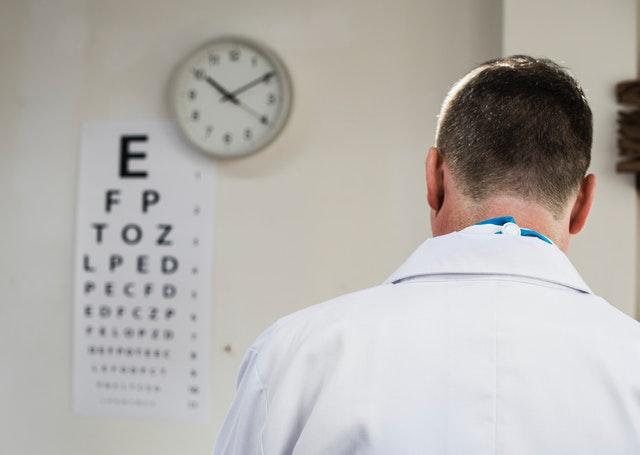 care-doctor-hospital-1266010