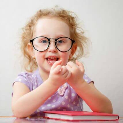 Funny-Girl-With-Glasses_640-427x427