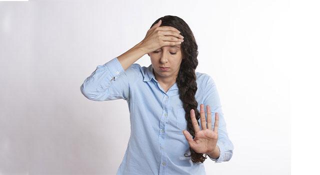 headache-woman