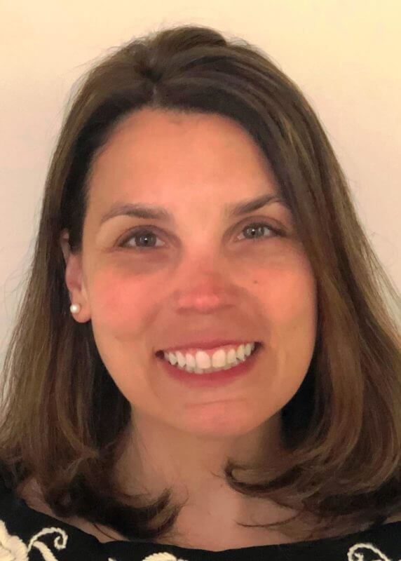 Dr-Saundra-Ferrera-5x7-1-e1625768671745