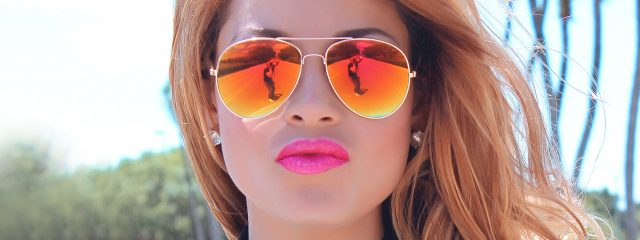 Female Sunglasses Reflection 1280x480 1 640x240