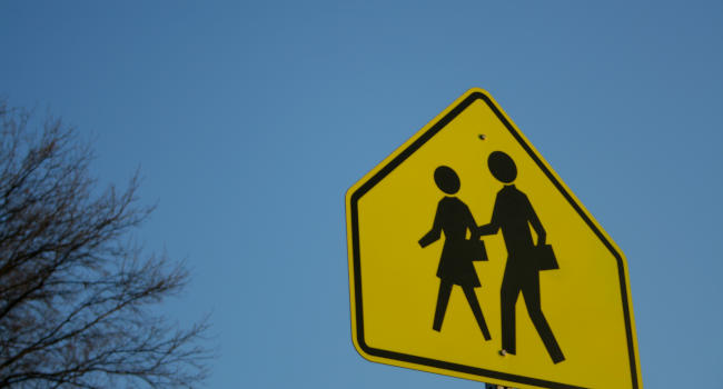 Driving-in-a-School-zone-1