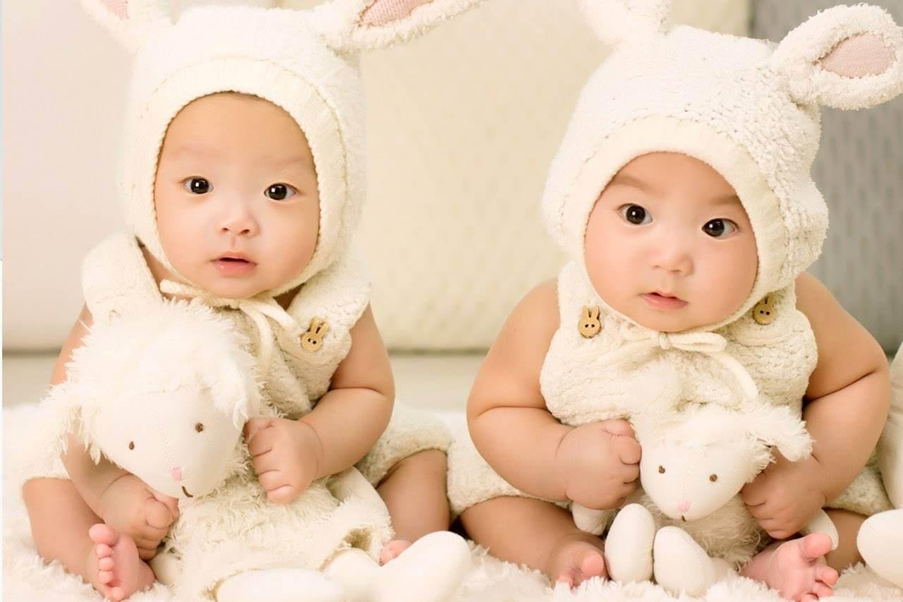 babies dressed as bunnies 1280×853