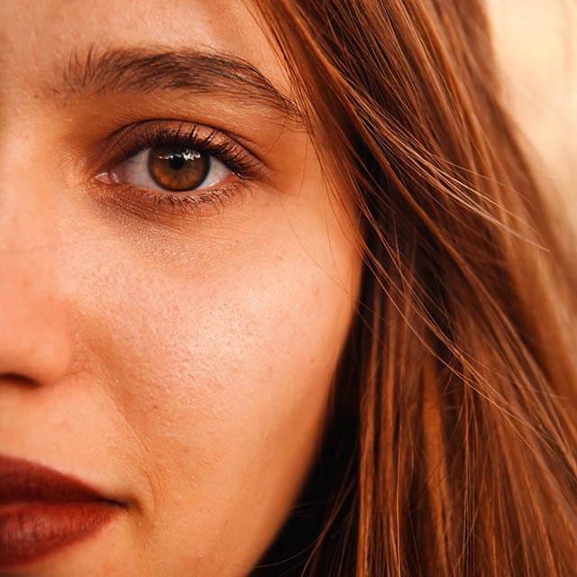 close up eye lips_640