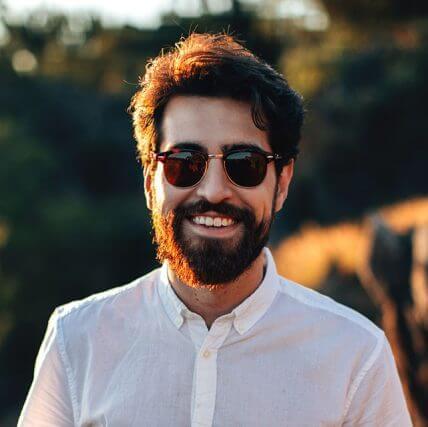 man smiling sunny_640 428x427