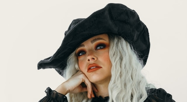 woman-wearing-a-witch-costume-640x350-1