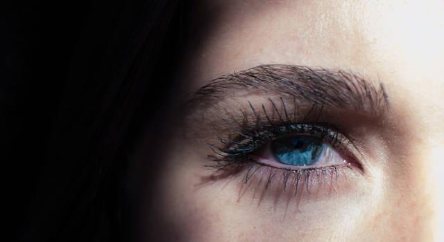 stuck-contact-lenses-640x350