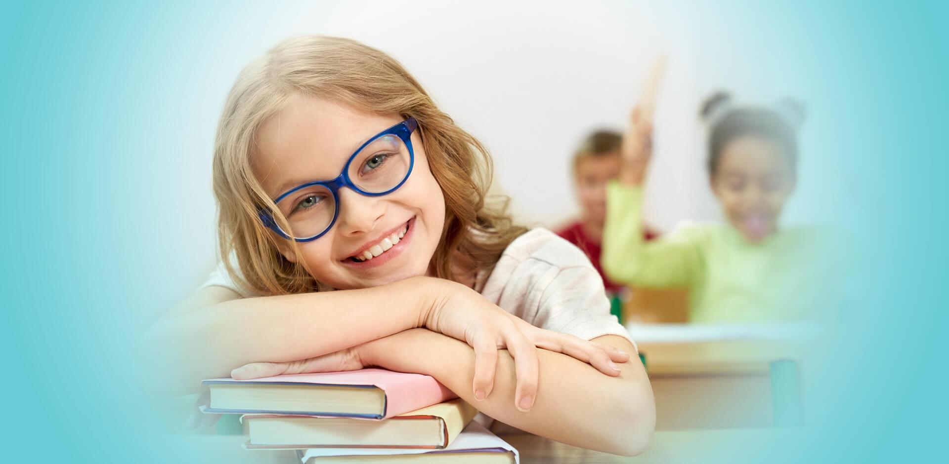 eye doctor, girl with glasses