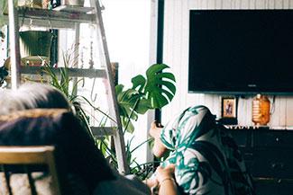 Senior Watching TV Thumbnail.jpg