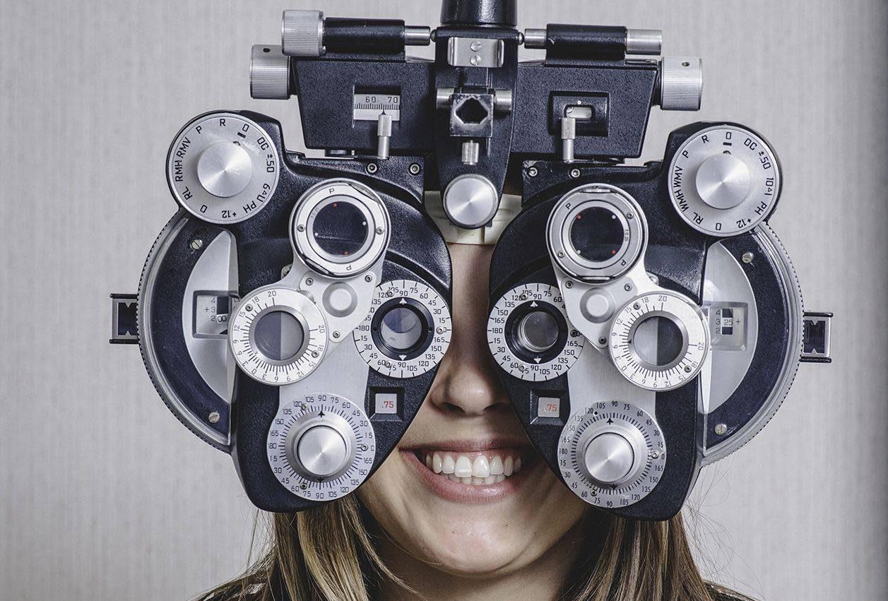 girl_eye_exam2 bkground_sm e1542273099785