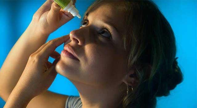 Woman-Putting-in-Eye-Drops-1280x480-e1524035985163