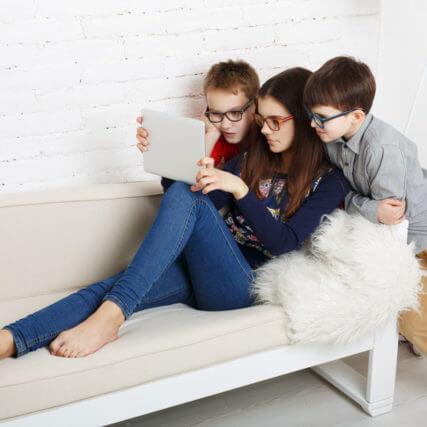 three-children_640-427x427