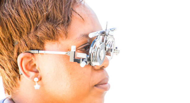 Optometrist-or-Ophthalmologist-640x350
