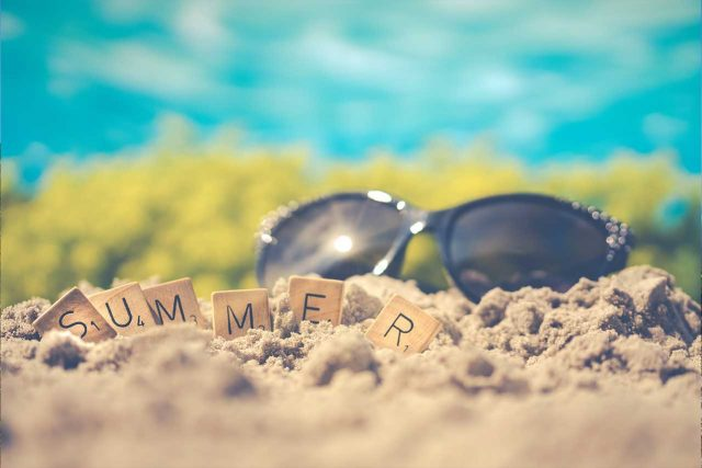 Optometrist, Friends on the beach with sunglasses in Brampton and Mississauga, ON
