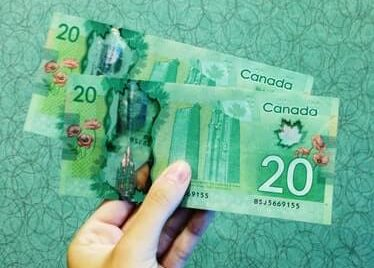 Canadian 20 dollars