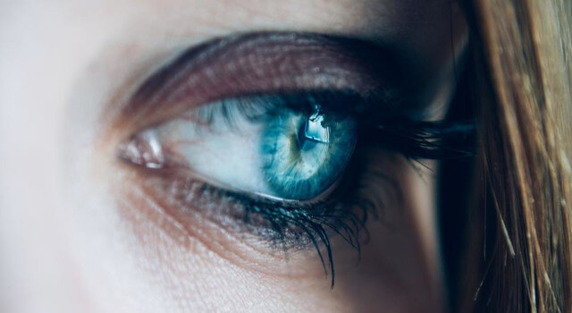 blue-eyes_-eye-care-near-me.Toronto-ON-640x350