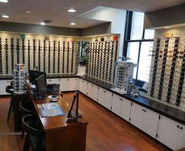 5 points Eye Associates Practice