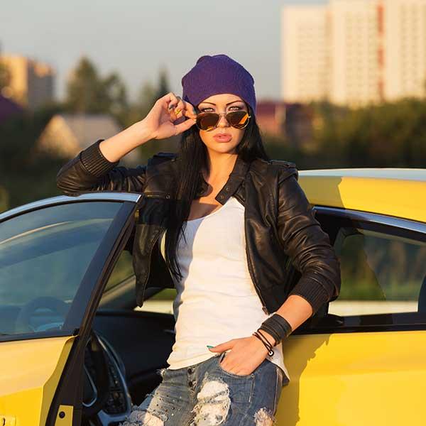 hipster woman in metalic sunglasses 640.jpg