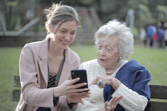 Senior Smartphone Thumbnail.png
