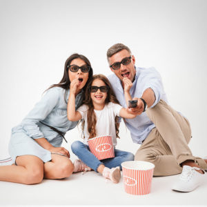 gp popcorn posed sunglasses 1wh mother father daughter 1off 640
