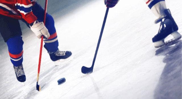 playing-hockey-640