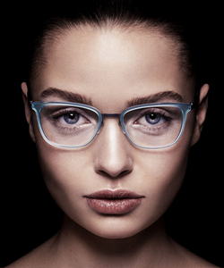 Model wearing MODO glasses