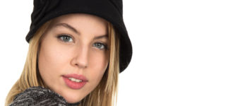 Woman Blonde Black Hat 1280x480 330x150