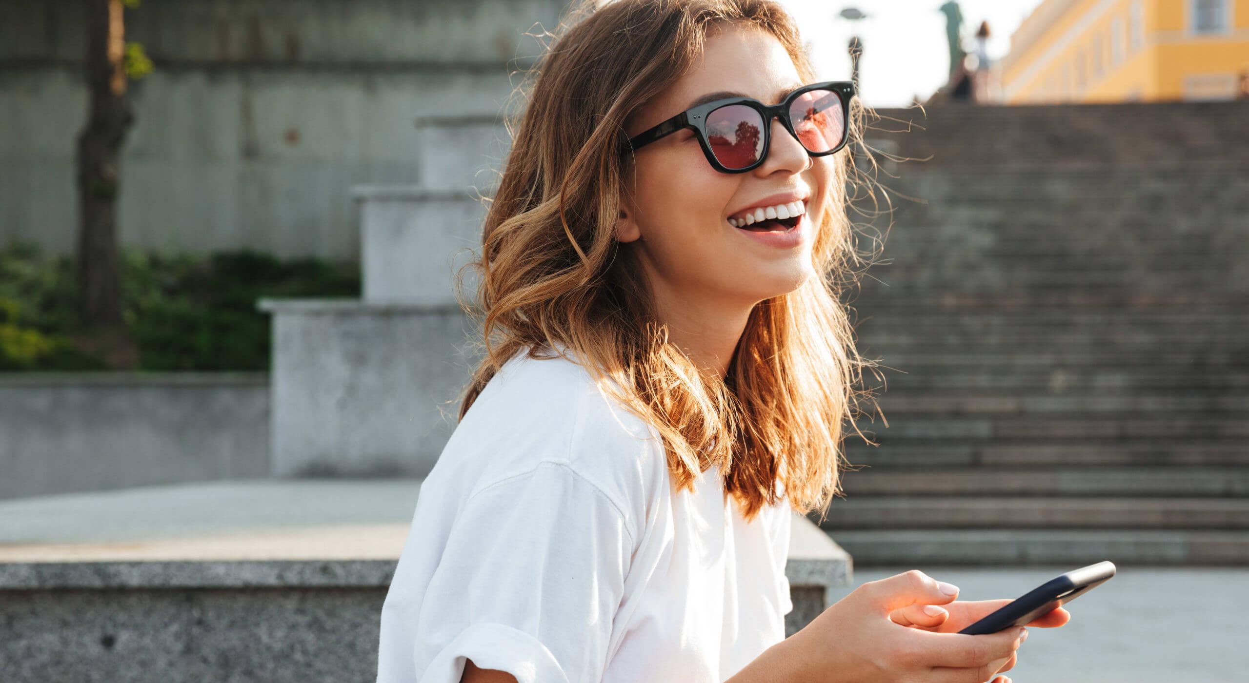 picture-of-european-brunette-wearing-sunglasses_640x350.jpeg